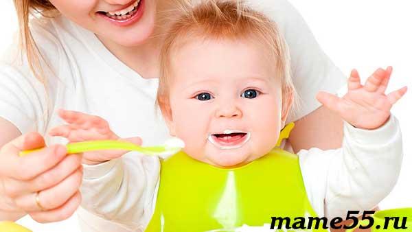 Когда начинать прикорм ребенка