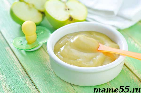 Фруктовое пюре из запеченного яблока