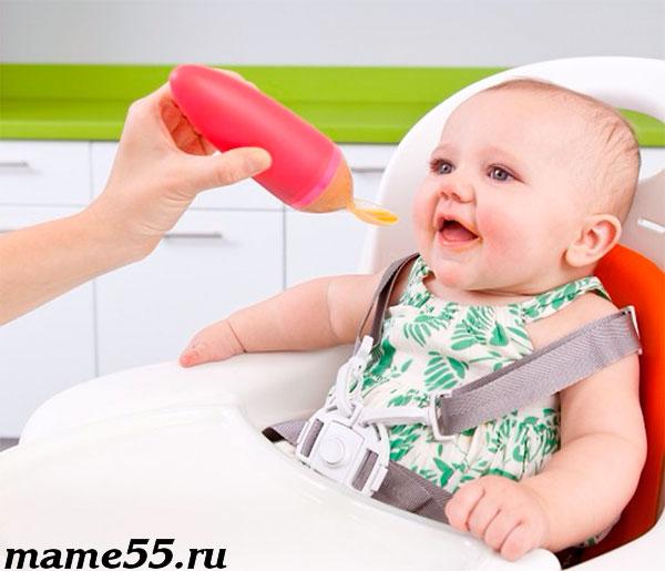 силиконовая ложка-шприц для кормления ребенка