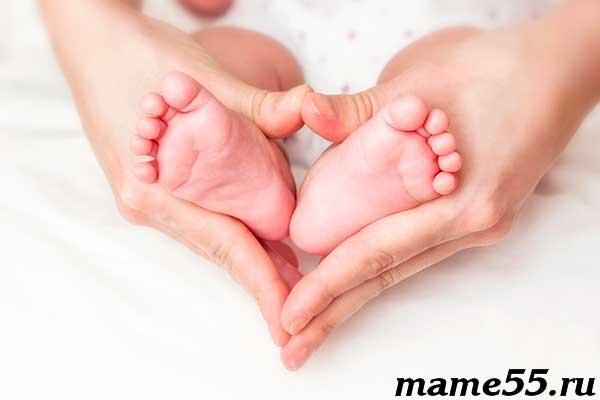 Шелушение кожи у новорожденного на теле причины