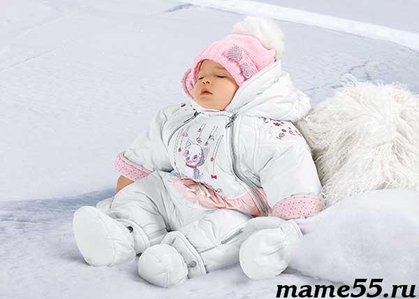 При какой температуре можно гулять с грудничком зимой