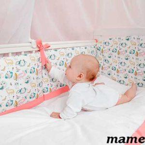 Зачем нужны бортики в кроватку для ребёнка?