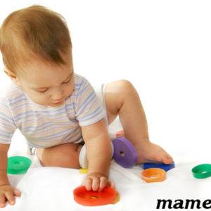 Как выбирать игрушки ребенку до года | шпаргалка мамы